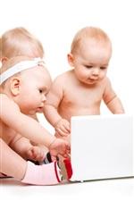 Bebês jogar computador