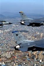 Preview iPhone wallpaper Fighter flight queue