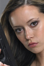 Preview iPhone wallpaper Summer Glau 01