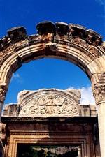 터키에있는 헤이 드 리안 신전