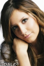 Ashley Tisdale 03