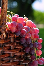 Preview iPhone wallpaper Delicious fruit red grape