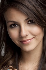 Preview iPhone wallpaper Victoria Justice 02