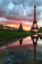 Preview iPhone wallpaper Eiffel Tower at sunset