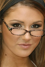 Preview iPhone wallpaper Lucy Pinder 02