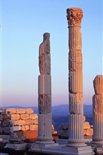 Preview iPhone wallpaper Turkish palace ruins