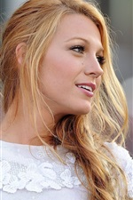Preview iPhone wallpaper Blake Lively 02