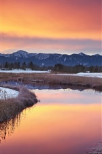Preview iPhone wallpaper Magical landscape, warm winter