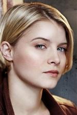 Sarah Jones 01