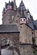 Preview iPhone wallpaper Castles in Germany, Burg Eltz