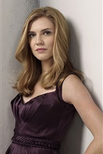 Preview iPhone wallpaper Sara Canning 01