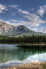 Preview iPhone wallpaper Patricia Lake Jasper Canada