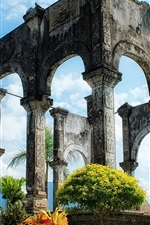 Preview iPhone wallpaper Ancient palace ruins