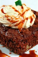 Preview iPhone wallpaper Chocolate cream strawberry dessert cake