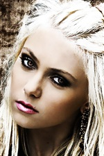 Preview iPhone wallpaper Taylor Momsen 01