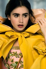 Preview iPhone wallpaper Lily Collins in Mirror Mirror