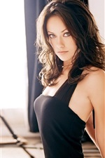 Preview iPhone wallpaper Olivia Wilde 02