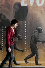 Preview iPhone wallpaper Nicholas Hoult in Warm Bodies movie