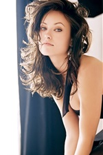 Preview iPhone wallpaper Olivia Wilde 04