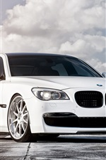 Preview iPhone wallpaper 2013 BMW 750 white color