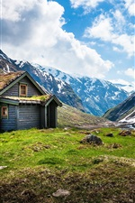Preview iPhone wallpaper Norway scenery, mountain hut