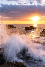 Preview iPhone wallpaper Japan, Kanagawa Prefecture, bay, beach, rocks, sunset, rays, sky, clouds
