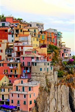 Preview iPhone wallpaper Monterosso, Italy city, houses, sea, stones, cliff