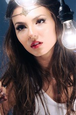 Preview iPhone wallpaper Victoria Justice 09