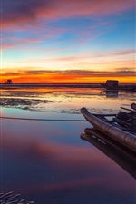 Preview iPhone wallpaper China, Taiwan Strait, beautiful evening sunset, sea, beach, boats, sky, clouds
