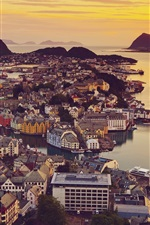 Preview iPhone wallpaper Alesund, Norway, city views, houses, sunset, ocean