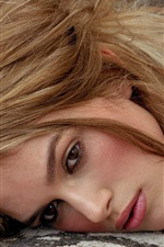Preview iPhone wallpaper Keira Knightley 03