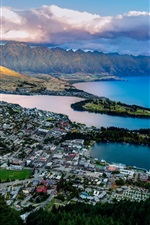 Preview iPhone wallpaper Queenstown, New Zealand, Lake Wakatipu, bay, mountains, city