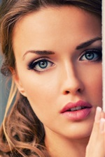 Girl pretty face, blue eyes