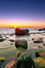 Preview iPhone wallpaper Sea, rocks, reefs, horizon, sky, clouds, dawn