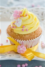 Preview iPhone wallpaper Yellow flowers decoration, cream cakes