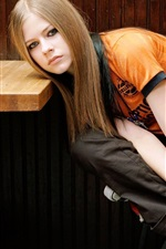 Preview iPhone wallpaper Avril Lavigne 46