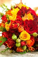 Buquê de flores, amarela rosa vermelha