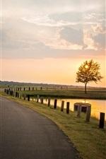 Natureza da paisagem, pôr do sol, árvore, estrada, rio, cerca, céu nuvens
