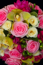 Preview iPhone wallpaper A bouquet roses, beautiful flowers