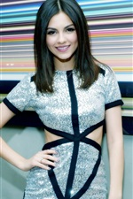 Preview iPhone wallpaper Victoria Justice 14