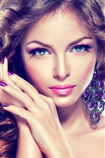 Preview iPhone wallpaper Blue eyes fashion girl
