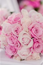 Preview iPhone wallpaper Bridal bouquet, pink roses