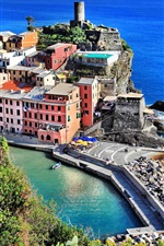 Vernazza, city, Italy, houses, sea, boats, rocks, shore