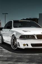 미리보기 iPhone 배경 화면 흰색 BMW M5 자동차