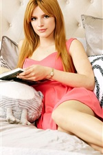 Preview iPhone wallpaper Bella Thorne 01