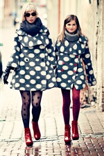 Preview iPhone wallpaper Mother and daughter, fashion, city, street