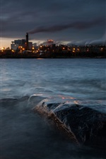 Preview iPhone wallpaper Sweden, lake Vanern, Skoghall town, factory, lights, dark, evening