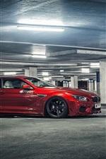 미리보기 iPhone 배경 화면 주차장에서 BMW M6 빨간 자동차