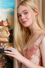 Preview iPhone wallpaper Elle Fanning 01