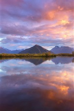 New Zealand, South Island, Wakatipu lake, mountains, water reflection, sky, clouds